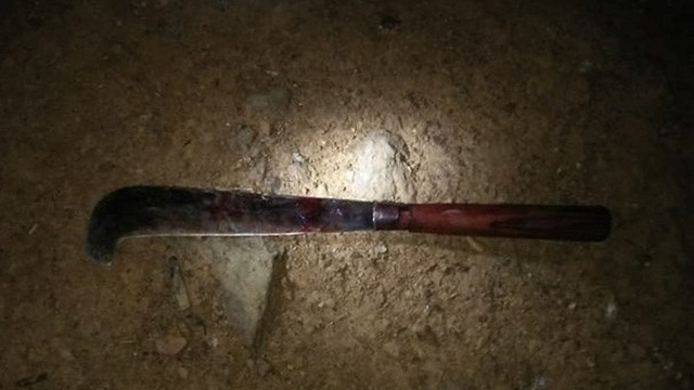 Nghệ An: Bé gái 2 tuổi bị bố dùng dao giết hại