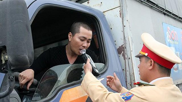 Bộ Y tế đề xuất cấm tuyệt đối người lái ô tô có cồn trong máu
