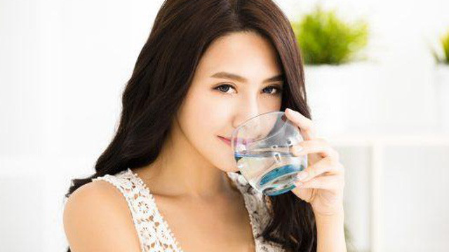 Người bệnh tiểu đường nên uống nước như thế nào