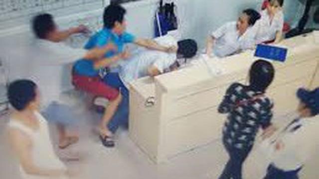 """Admin trang Chống bạo hành y tế: """"Cán bộ y tế cần được đảm bảo an toàn khi hành nghề"""""""