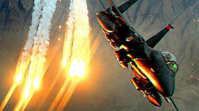 F-15C Eagle đủ sức đương đầu tiêm kích thế hệ năm Su-57?