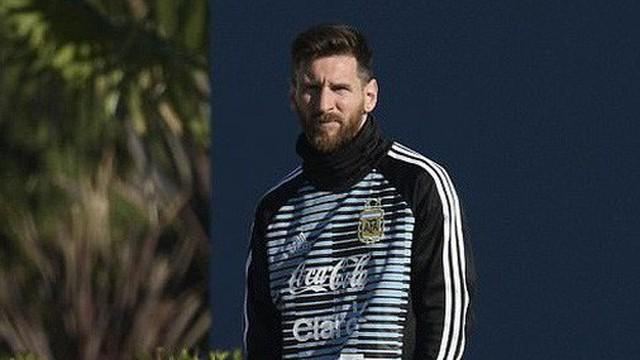 Messi lên tuyển Argentina, tập luyện cho mục tiêu dang dở 4 năm trước