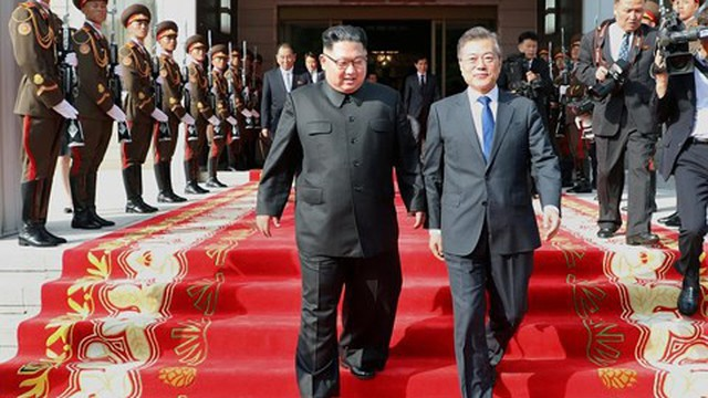 Cố vấn thân cận của lãnh đạo Triều Tiên đến Singapore, Mỹ hoãn cấm vận Bình Nhưỡng