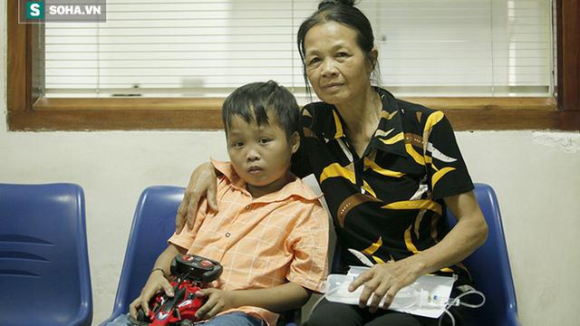 Thỏa ước mơ 1/6 của cậu bé vùng cao bị bệnh hiểm nghèo