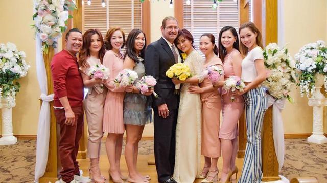 Cựu thành viên Tam ca 3A Ngọc Anh đăng kí kết hôn với ông xã ngoại quốc