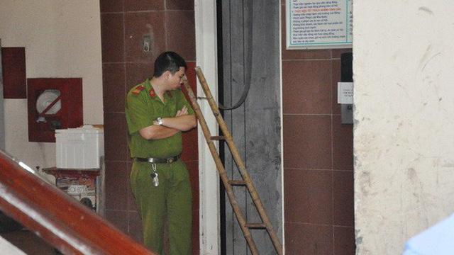 Thang máy gặp sự cố, một công nhân rơi từ tầng 5 tử vong