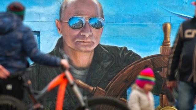 Hơn một nửa người Nga muốn ông Putin làm tổng thống sau 2024