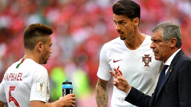 Đằng sau kỷ lục của Ronaldo là con số đáng báo động với ĐT Bồ Đào Nha
