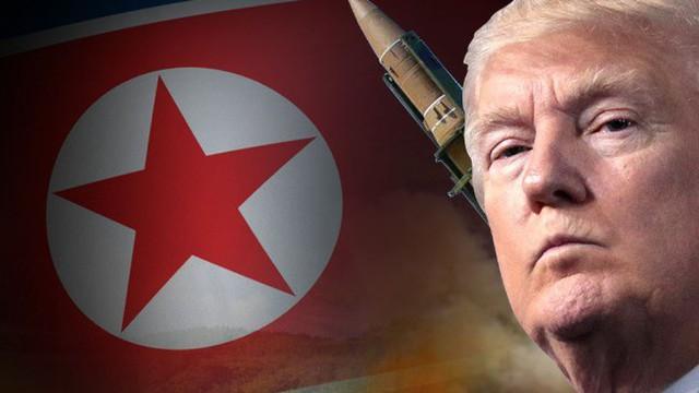 """""""Nhà nước ngầm"""" lộ diện, ngăn ông Trump rút quân khỏi bán đảo Triều Tiên?"""