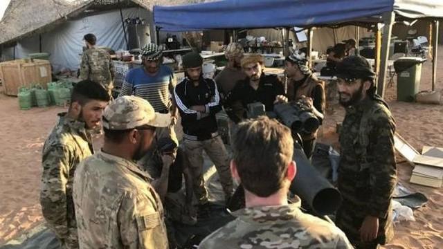 """""""Mỹ huấn luyện khủng bố tại 19 trại quân sự ở Syria"""""""