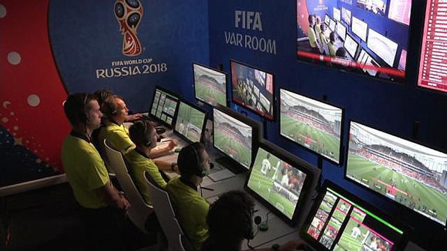 Trọng tài Việt Nam mong công nghệ VAR tại World Cup 2018 được áp dụng ở V.League