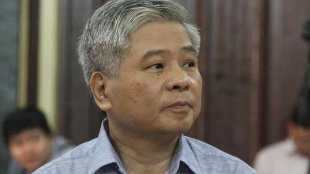 Nguyên Phó thống đốc NHNN bị cáo buộc thiếu trách nhiệm gây thất thoát 15.000 tỷ từ chối một luật sư
