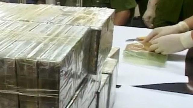 Lực lượng Công an thu giữ gần 900 kg heroin