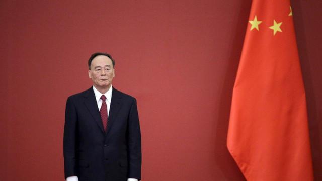 """Mỹ làm phó thủ tướng TQ bẽ mặt,  Bắc Kinh sợ không dám cử thêm """"át chủ bài"""" của ông Tập?"""