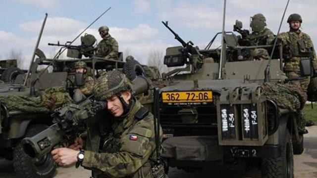 Tương quan lực lượng giữa NATO và Nga qua các con số