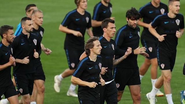 Croatia vắng liền 5 ngôi sao ở buổi 'luyện công' trước chung kết