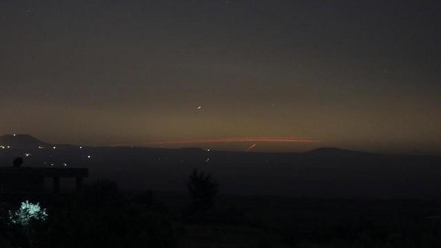 Khai hỏa mặt trận Quneitra, Syria: Áp sát biên giới Israel