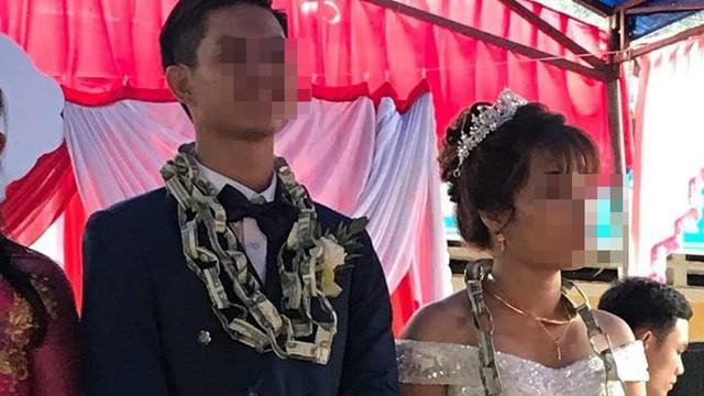 Chiếc vòng mới lạ có giá trị trao cô dâu chú rể trong ngày cưới khiến tất cả xôn xao, tò mò