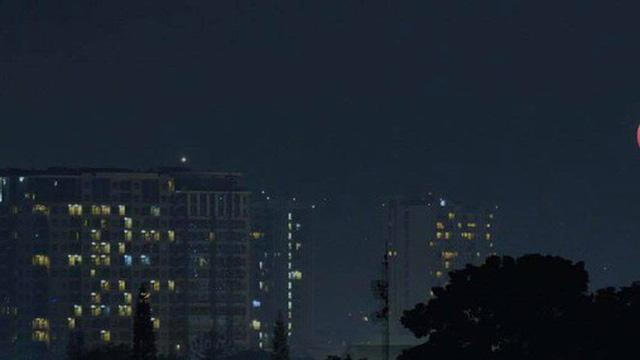 """Xem ngay đừng chờ đợi: Toàn cảnh """"Mặt trăng máu"""" dài nhất thế kỷ 21 vừa diễn ra rạng sáng nay"""