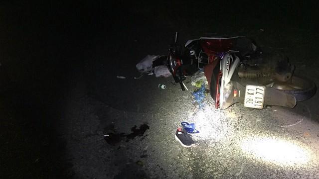 Thượng úy công an tử vong sau khi va chạm với xe tải chạy ngược chiều