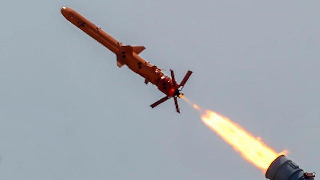 Ukraine dọa Nga bằng tên lửa chống hạm nội địa tính năng vượt trội Kh-35 Uran