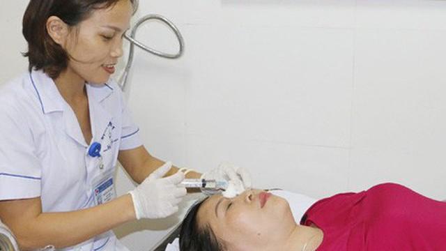 Gội đầu bằng hạt na, 5 bệnh nhân bị bỏng giác mạc
