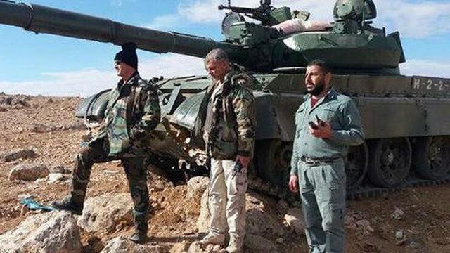 """Sau lệnh ngừng bắn, SAA dội """"bão lửa"""" phiến quân Hồi Giáo trục Hama-Idlib"""