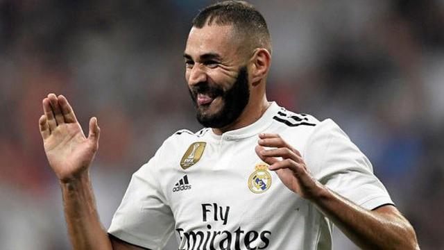"""""""Song sát"""" BB lập công, Real Madrid đại thắng 4-1"""