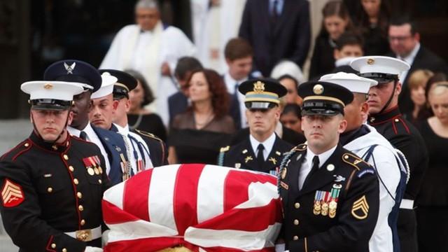 Mỹ tổ chức quốc tang, tiễn John McCain về nơi an nghỉ cuối cùng