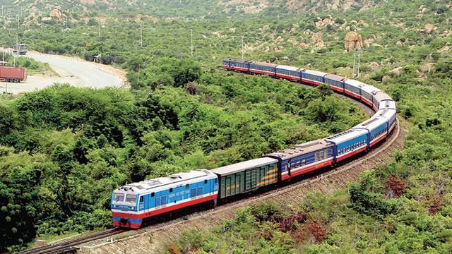 7.000 tỉ nâng cấp đường sắt sẽ rót vào dự án nào?