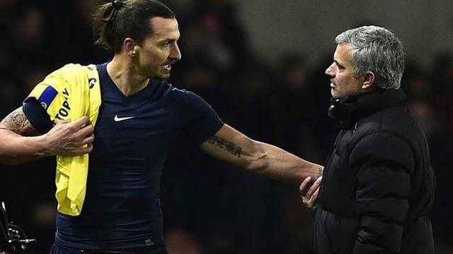"""Mới đá được 103 phút, vũ khí bí mật của Mourinho đã bị Man United """"xóa tên"""""""