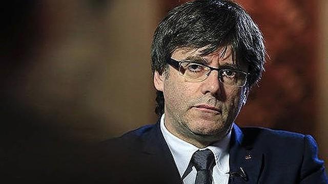 Ông Puigdemont có thể sẽ điều hành vùng Catalonia qua Skype