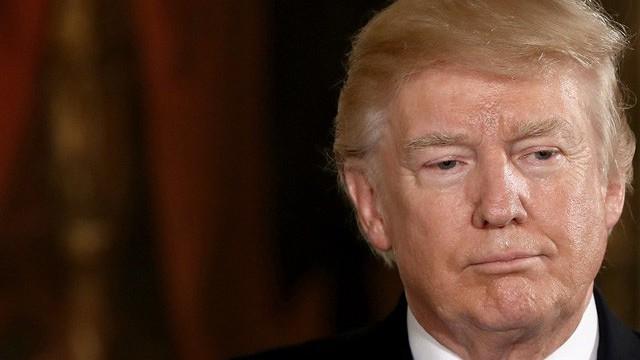 Tập thể bác sĩ đòi kiểm tra sức khỏe tâm thần Tổng thống Trump