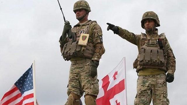 Mỹ điều tiêm kích đa năng tham gia tập trận sát sườn Nga