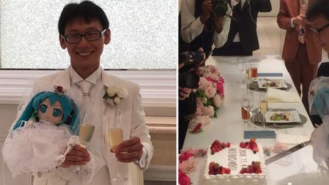 Một thanh niên Nhật Bản 35 tuổi vừa kết hôn với nữ danh ca ảo đình đám Hatsune Miku