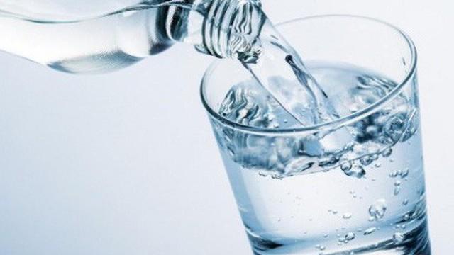 Uống nhiều nước có thật sự tốt cho sức khỏe?