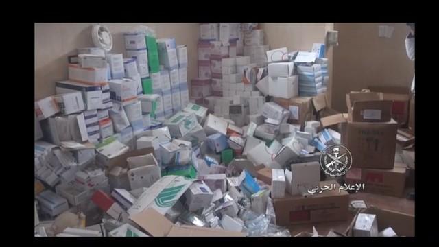 """Quân đội Syria lại tiếp tục thu hoạch vũ khí trang bị của """"quân nổi dậy"""" ở Daraa"""