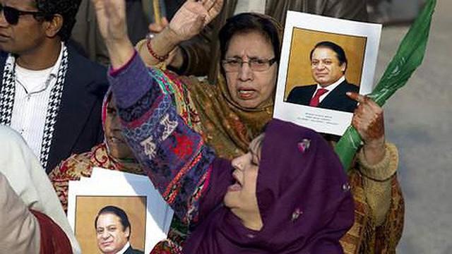 Cựu Thủ tướng Pakistan bị kết án 7 năm tù vì tội tham nhũng
