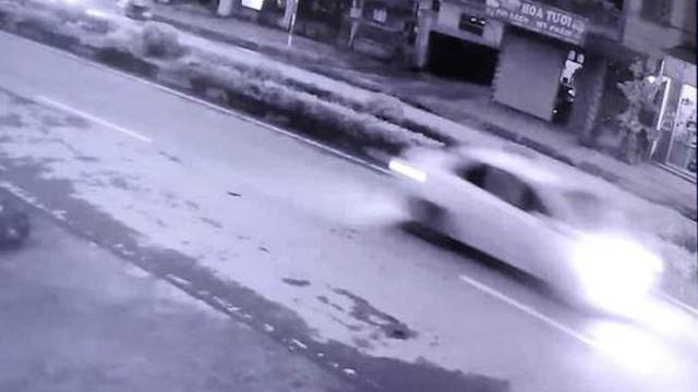 Tài xế ô tô đâm chết cụ bà rồi bỏ trốn đã ra công an trình diện, xin lỗi gia đình nạn nhân