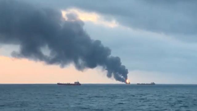Hai tàu bốc cháy trên eo biển Kerch, 10 thủy thủ thiệt mạng