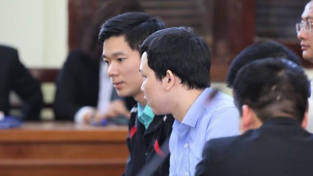 Vụ án chạy thận: Tòa tuyên Hoàng Công Lương 42 tháng tù giam