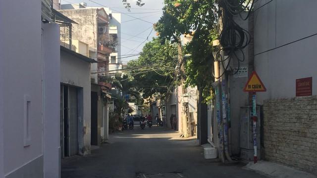 Người đàn ông ở Sài Gòn bị đối tượng nghi dùng súng bắn thủng bụng