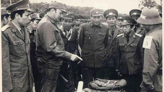 Chiến tranh 1979: Gây sức ép với TQ, Liên Xô đặt 6 quân khu trong tình trạng sẵn sàng chiến đấu