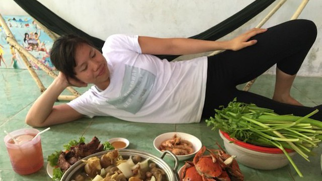 Bố Ánh Viên: 'Sau 7 năm con mới ăn Tết ở Việt Nam, tôi vui quá'!