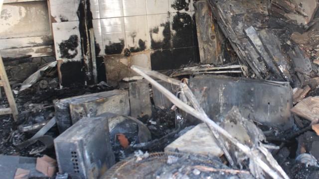 """Nhân chứng vụ cháy cửa hàng khiến 3 người tử vong: """"Tiếng kêu cứu lịm dần… rồi tắt"""""""