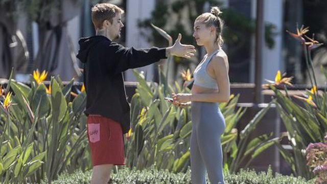 Justin Bieber và Hailey Baldwin cãi vã căng thẳng trong công viên ở Mỹ