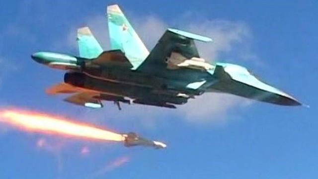 Không quân Nga chính thức không kích khủng bố al-Qaeda ở Idlib, Hama: Lớn chưa từng có