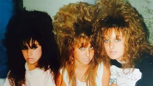 Những mái tóc có cho tiền bạn cũng không dám làm nhưng lại là xu hướng làm đẹp của chị em trong thập niên 80