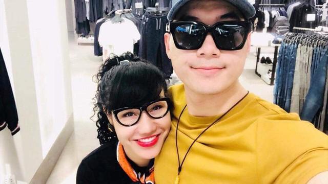 Trương Nam Thành tiết lộ bà xã doanh nhân đang mang thai con đầu lòng sau 5 tháng kết hôn?