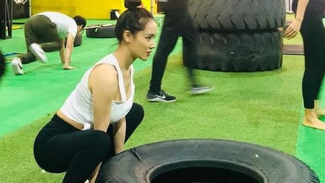Giữa nghi vấn sinh con chưa hết cữ, Nhã Phương bất ngờ đi tập gym lấy lại vóc dáng, nhìn vòng 2 ai cũng ngưỡng mộ